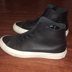Converse Shoes - All leather converse